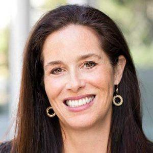Elise Pearlstein